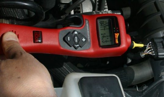 The Hook Circuit Tester from Power Probe