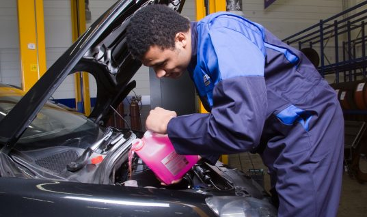 Kwik-Fit criticised by BBC over unpaid apprentices