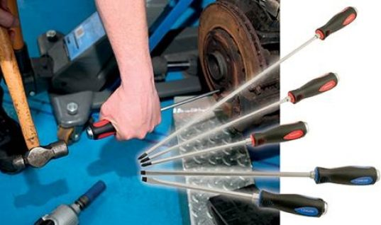 Extra long heavy duty screwdrivers with go-thru shafts