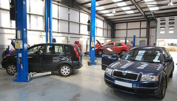 Car sales see franchised sector finally stop decline in service