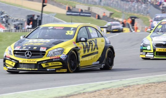 WIX Racing in the points at Brands Hatch