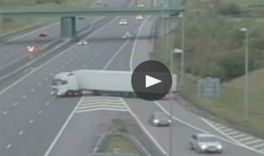 Video: Lorry driver's U-turn onto M6
