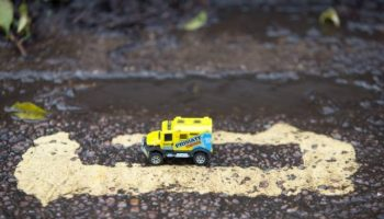 Britain's shortest double yellow lines criticised