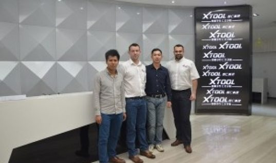 Xtool Europe visit China to work on software development