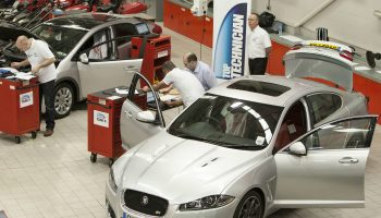 Top 23 vehicle technicians announced for 2015