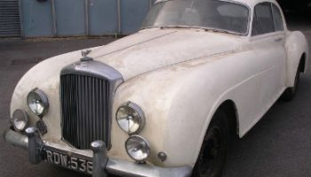 Barn find Bentley sells for £739,000 at auction