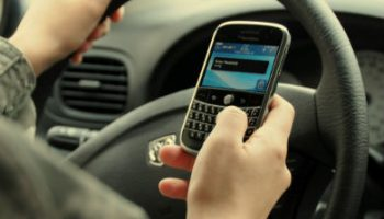 Fewer drivers punished for mobile use, figures suggest
