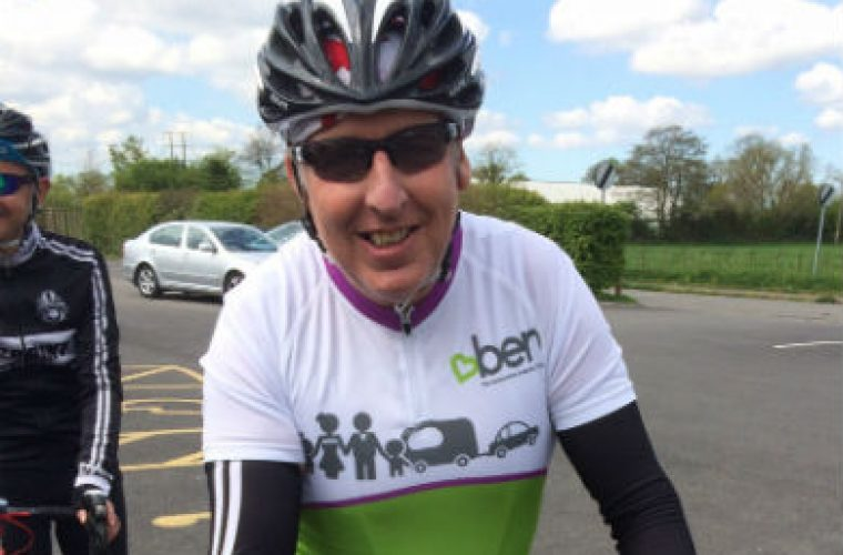 Inspirational cyclist takes on challenge despite kidney scare