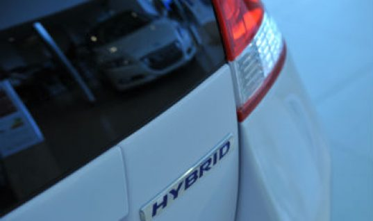 Rise in independents accepting hybrid and electric vehicles