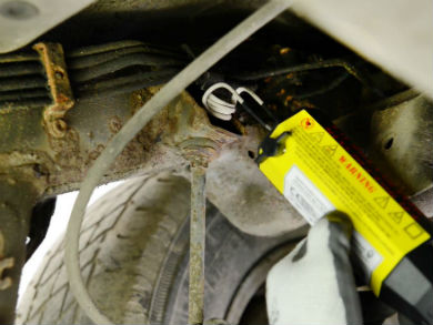 video how to remove a corroded nut near fuel lines garagewire. Black Bedroom Furniture Sets. Home Design Ideas