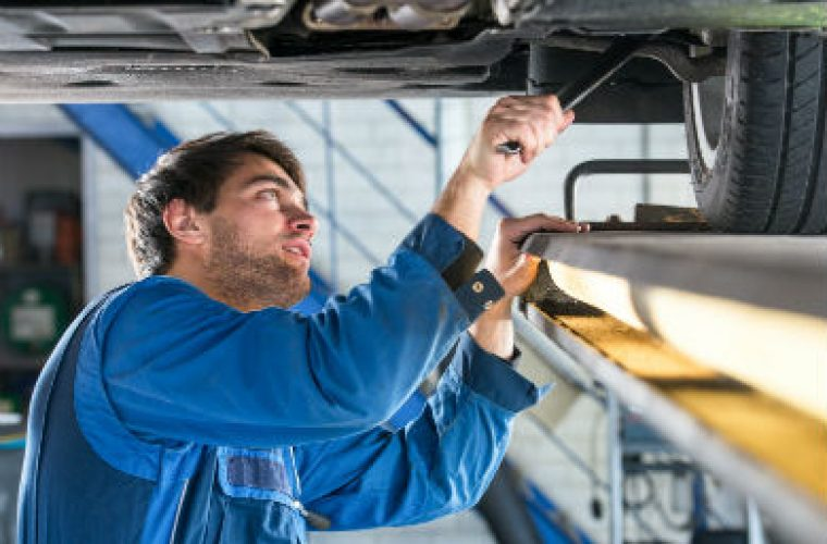Number of cars with expired MOT is on the up, garages ...