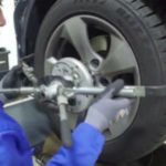 The new MOOG customer support programme includes a video with tips for wheel alignment.