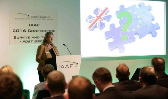 Johnny Herbert to host IAAF conference and awards dinner 2017