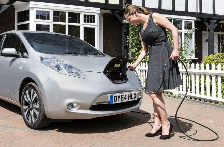 Just one in four people would consider getting fully electric car in next five years