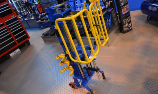 Draper launches hydraulic spring compressor equipment