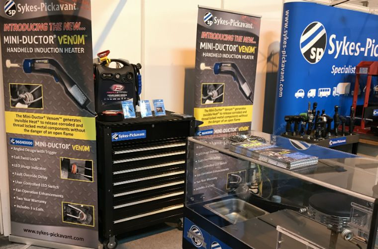 Venom induction heater impresses visitors at Automechanika Birmingham
