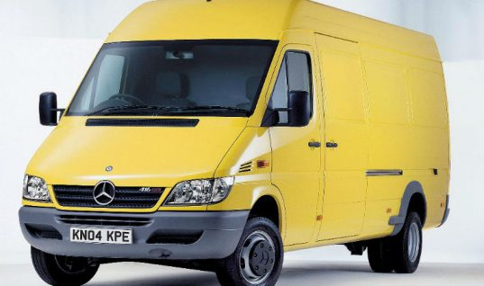 Problem job: Merc Sprinter pulley failure caused by stretched belt