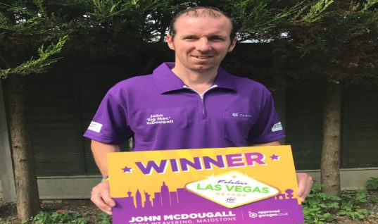 """Darts fan """"amazed"""" after winning dream trip to Las Vegas, thanks to Approved Garages"""