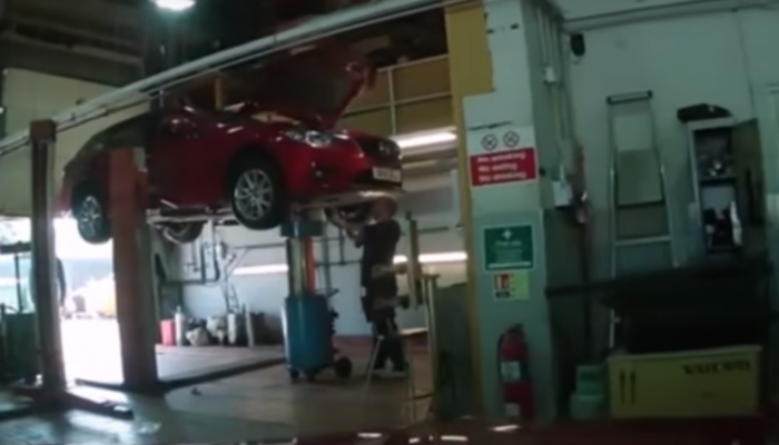 """Watch: Dealership technician brags about """"ragging"""" customer's Mazda RX-8"""