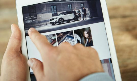 Volvo announces phone-style monthly subscription for its new XC40