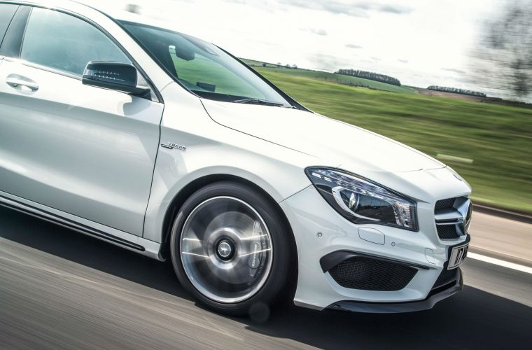 Mercedes recalls 400,000 UK cars over faulty airbag