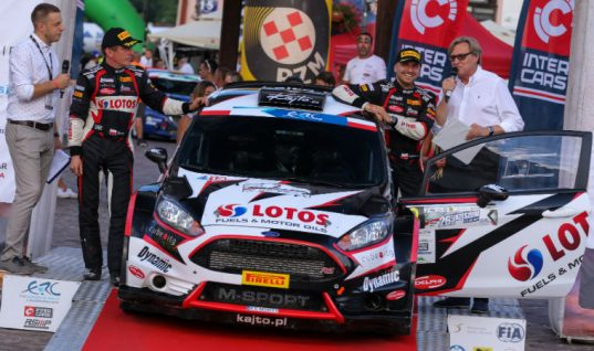 Delphi beneficiary first to receive hat-trick of European Rally Championship titles