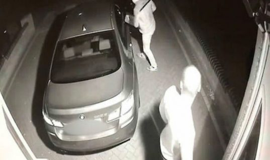 Watch: Thieves steal brand new BMW in seconds