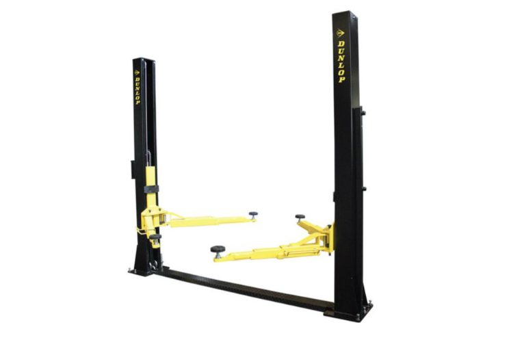 DL240M 2 Post Lift – New 2017 model with four tonne lifting capacity, offer strictly while stocks last