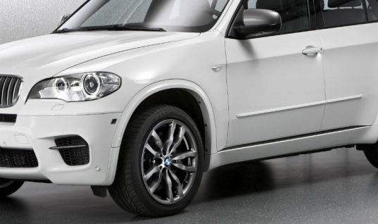 BMW X5 owner considers legal action against dealer