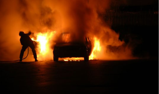 """Police investigation into """"terrifying"""" Pontypridd garage inferno launched"""