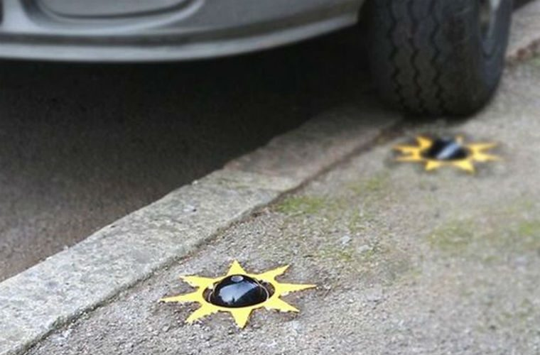 Extreme new device that punctures tyres aims to address pavement parking problem