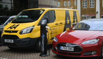 Survey: Independents keen to invest in electric and hybrid vehicles