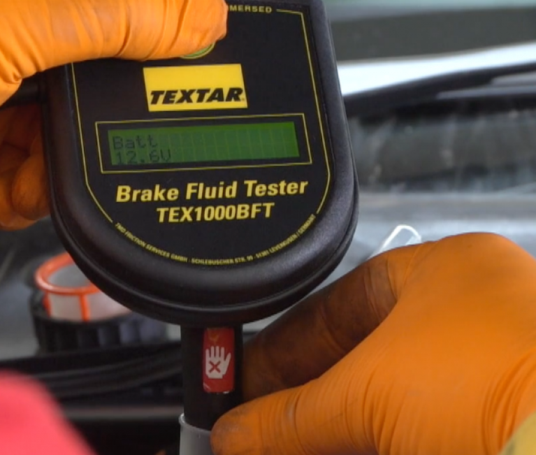 Review Textar's brake fluid tester for GW Views