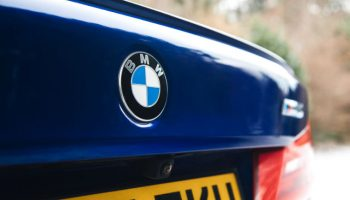 BMW recalls 300,000 cars over stall risk