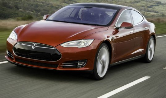 Tesla launches UK mobile repair service