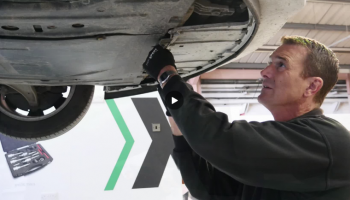 Watch: INA timing belt kit+installation on 2.0 CDTi Vauxhall Insignia