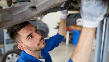 Fake MOT tester: More should have been done, GW readers say