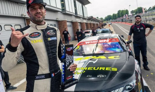 Brands Hatch Hosts MOOG sponsored European NASCAR series