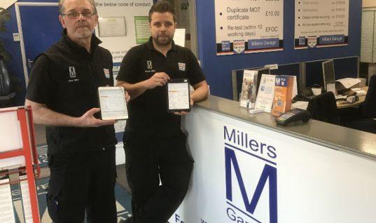 Bosch congratulates Top Technician Shaun Miller and runner up Matthew Pestridge