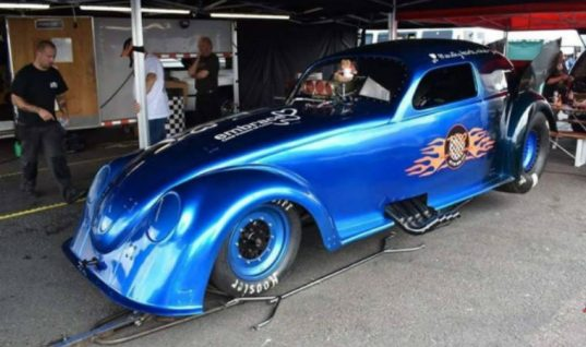 Garage owner spends £100K transforming Beetle into 280mph dragster