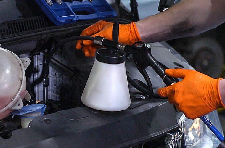 New pneumatic diesel bleeding kit from Laser Tools