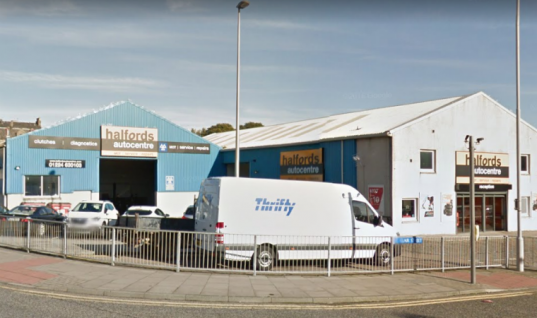 Halfords tech brandishes spanner and challenges workmate to fight, court hears