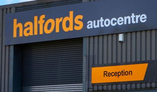 Halfords promotes FREE MOT to customers