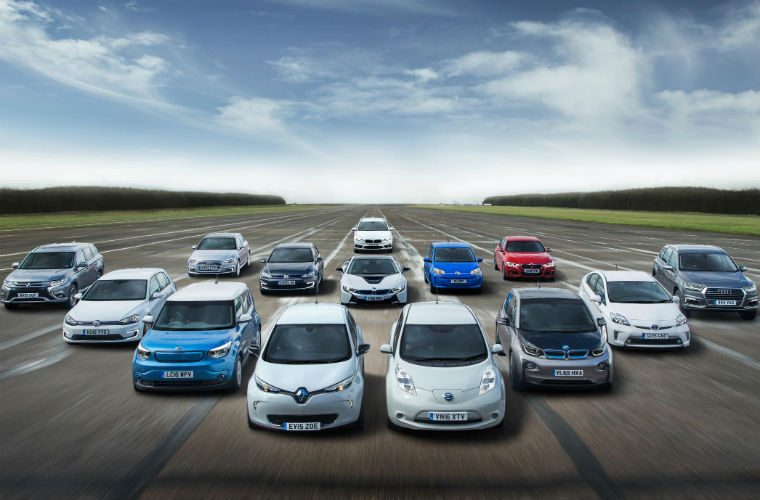 Government to cut grants for electric and hybrid cars