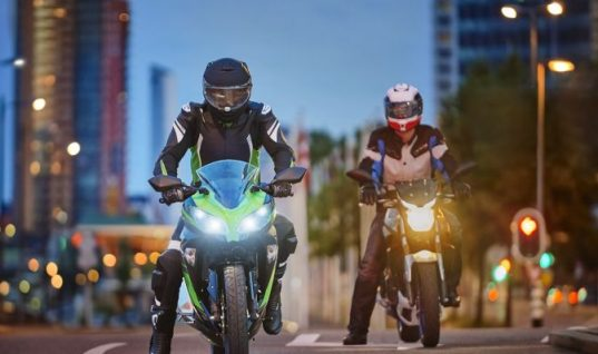 Philips X-tremeVision moto supports Road Safety Week