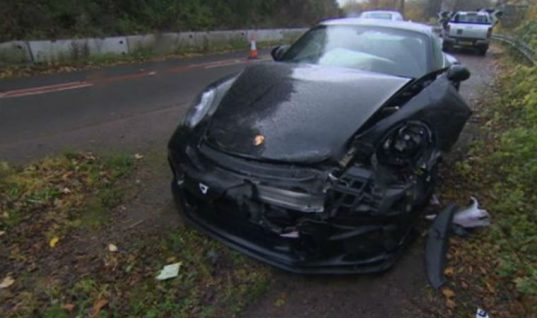 Top Gear's Chris Harris crashes Porsche