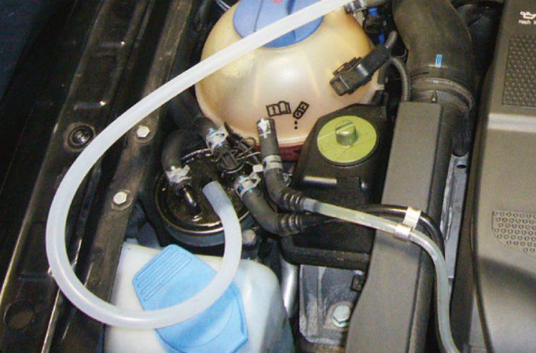 Diesel filter bleeder tool from Sykes-Pickavant