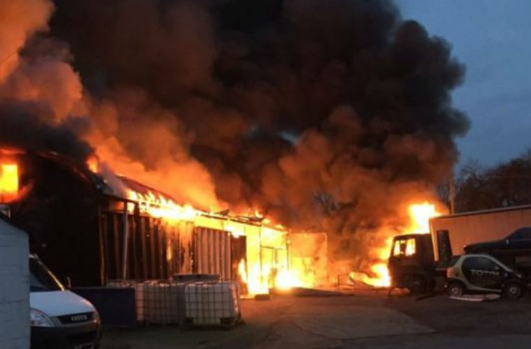 More than 50 firefighters tackle huge blaze at Hampshire garage