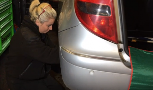 Watch: Female mechanic helps women learn about cars