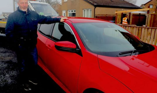 Honda Civic attacking crows force new owner to build garage to protect his new car